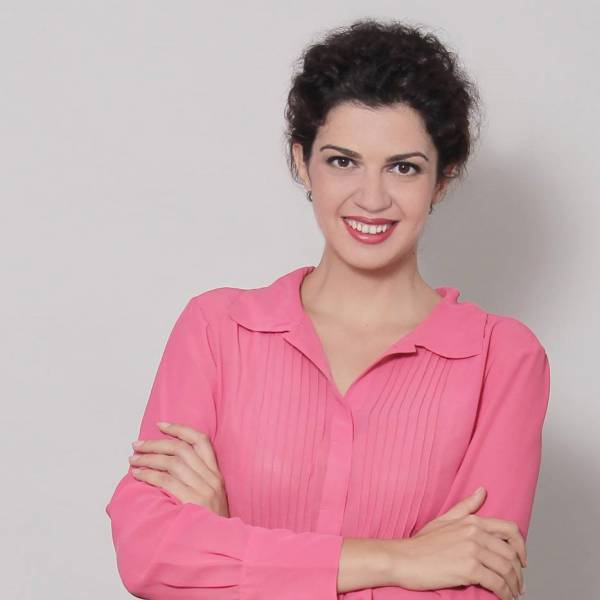 Gabriela Rosu - Business Development Manager
